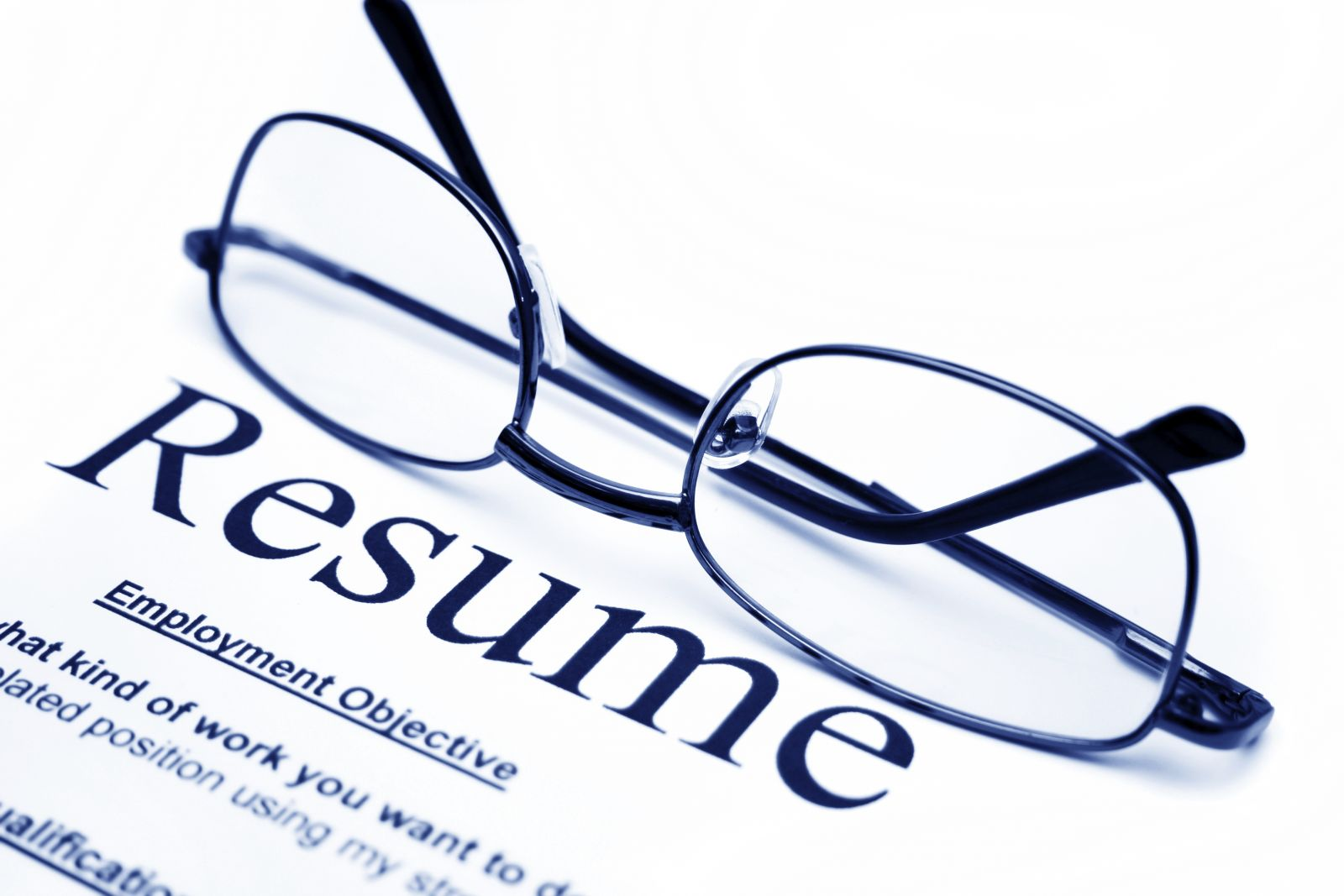 6 important reasons to use a resume builder to craft a perfect resume